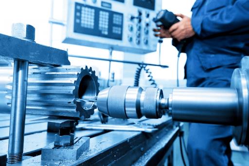 Indústrias de equipamentos e máquinas tem 10 de faturamento reduzido