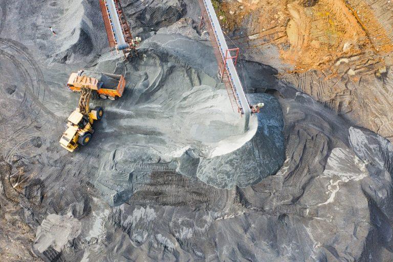 AEB Exportacao de minerio de ferro do Brasil vai superar receita da soja em 2021
